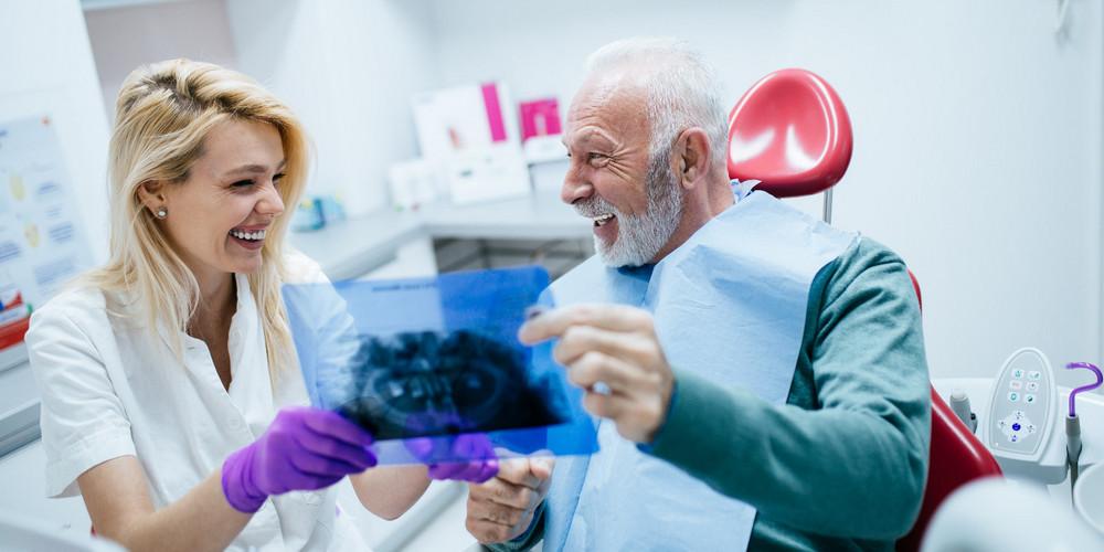 Сколько гарантия на имплантацию зубов